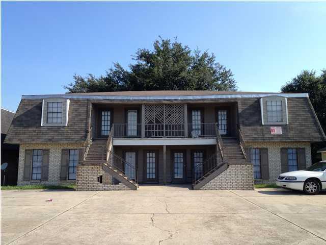 106 Vaucluse Drive, Lafayette, LA 70507 (MLS #18011739) :: Red Door Realty