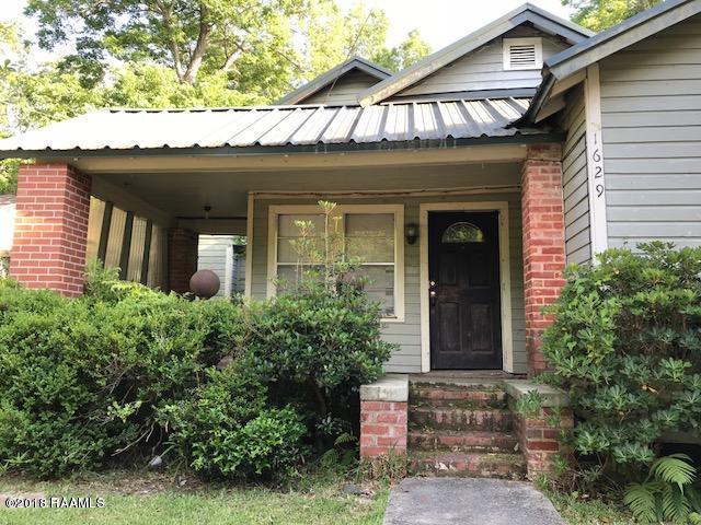 1629 Pujo Avenue, Opelousas, LA 70570 (MLS #18011937) :: Keaty Real Estate