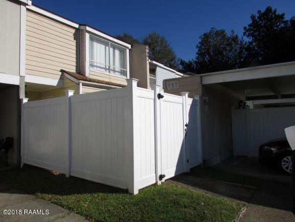 4 Bluebell Circle, Lafayette, LA 70507 (MLS #18012408) :: Keaty Real Estate