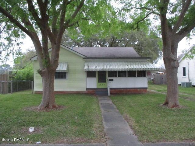 327 Indest Street, New Iberia, LA 70563 (MLS #19002670) :: Keaty Real Estate
