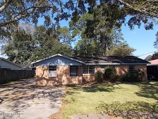 2911 Old Jeanerette Road, New Iberia, LA 70563 (MLS #19010817) :: Keaty Real Estate