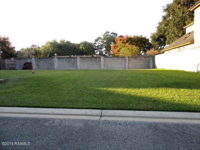 130 Club View Drive, Lafayette, LA 70503 (MLS #19011181) :: Keaty Real Estate