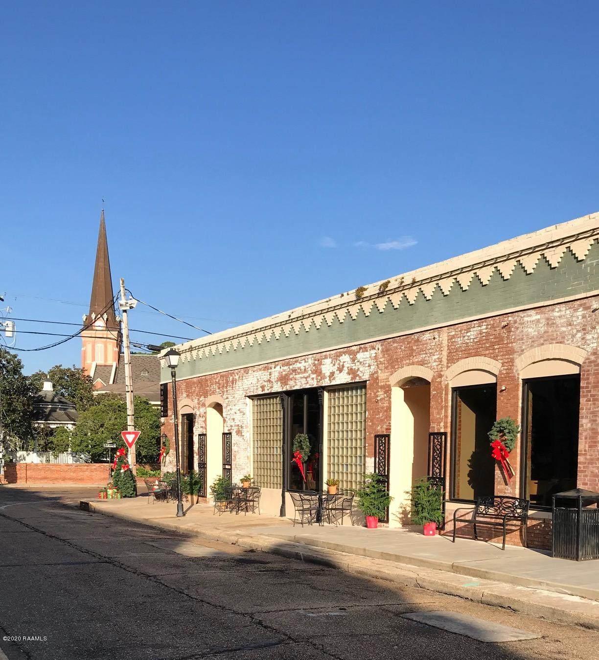 124 Concord Street - Photo 1