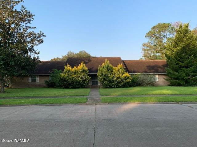 116 Oakwood Drive - Photo 1