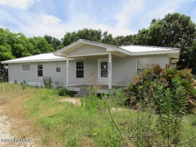 4001 Captain Cade Road, Youngsville, LA 70592 (MLS #21005464) :: Keaty Real Estate