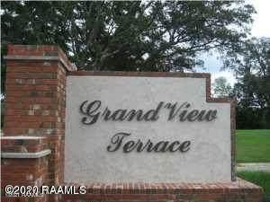 103 Grandview Terrace Drive, Youngsville, LA 70592 (MLS #21006657) :: Keaty Real Estate
