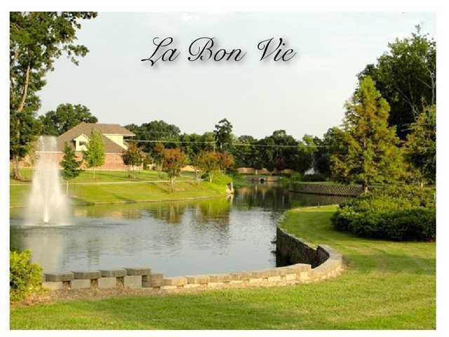 406 N Montauban Drive, Lafayette, LA 70507 (MLS #10220451) :: Keaty Real Estate