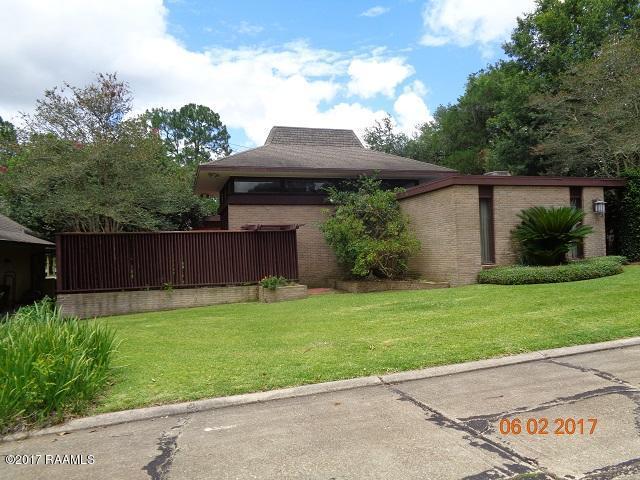 103 Live Oak Drive, New Iberia, LA 70563 (MLS #17005083) :: Keaty Real Estate