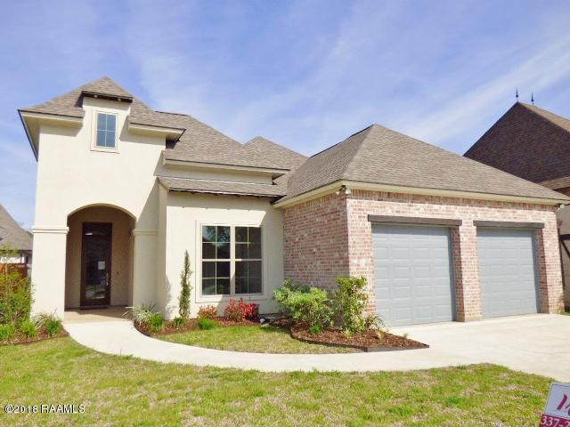 117 Golden Cypress Drive, Youngsville, LA 70592 (MLS #17012333) :: Cachet Real Estate