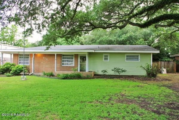 904 Loreauville Road Road, New Iberia, LA 70563 (MLS #18004776) :: Keaty Real Estate