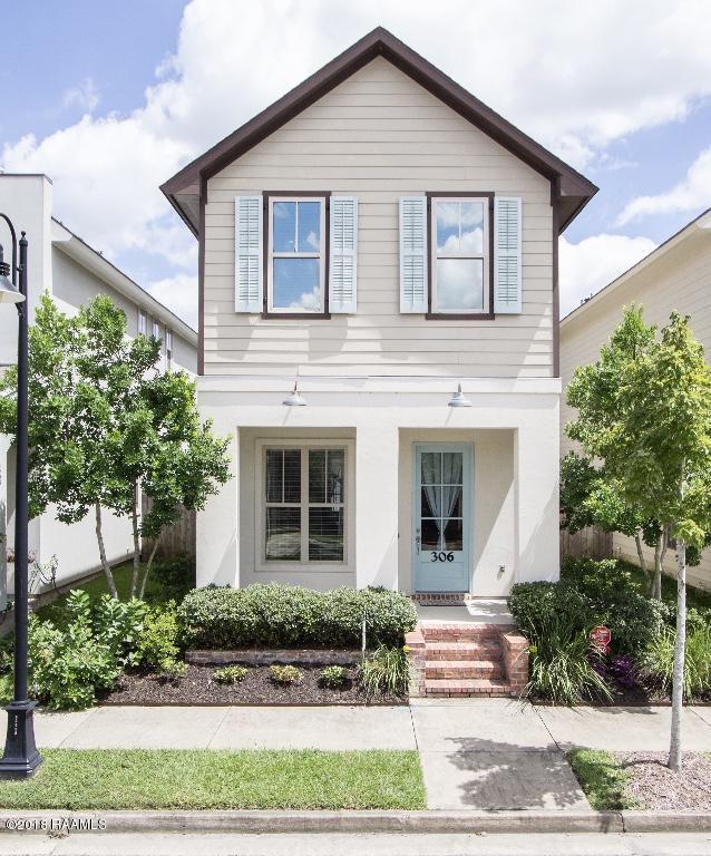 306 Waterview Road, Youngsville, LA 70592 (MLS #18009163) :: Red Door Realty