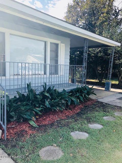 126 E White Street, Opelousas, LA 70570 (MLS #18011806) :: Keaty Real Estate