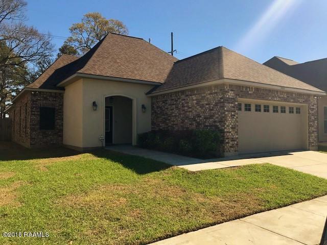 233 Rosemary Place, Lafayette, LA 70508 (MLS #18000063) :: Keaty Real Estate
