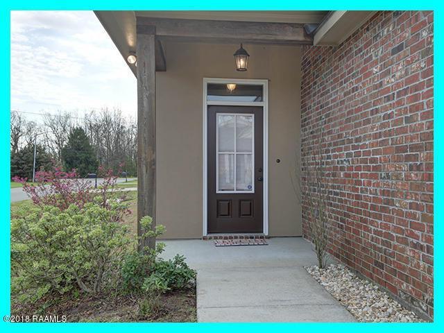 101 Iron Wood Way, Lafayette, LA 70508 (MLS #18001888) :: Red Door Team | Keller Williams Realty Acadiana