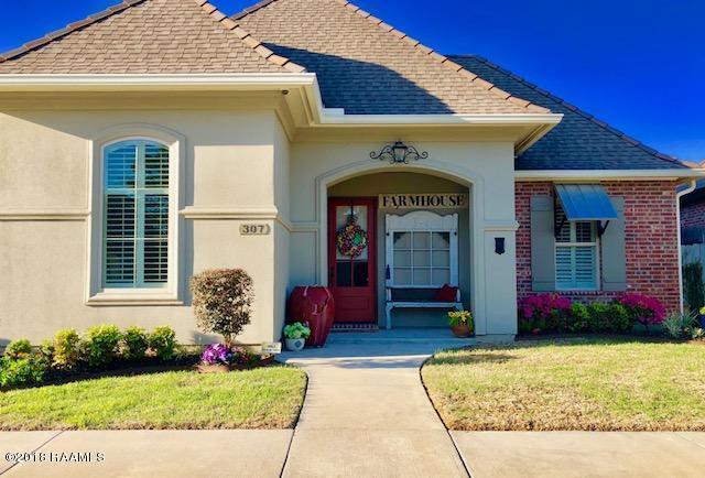 307 Croft Row, Lafayette, LA 70503 (MLS #18000469) :: Keaty Real Estate