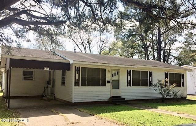 628 E Long Street, Ville Platte, LA 70586 (MLS #18002228) :: Keaty Real Estate