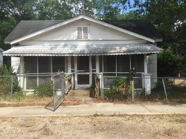 506 Railroad Ave, JOHNSTON, SC 29832 (MLS #103373) :: Shannon Rollings Real Estate