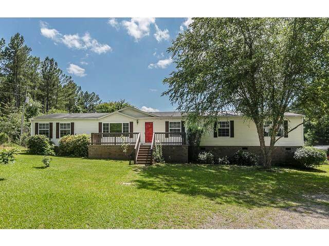747 Walker Road, EDGEFIELD, SC 29824 (MLS #117324) :: Tonda Booker Real Estate Sales