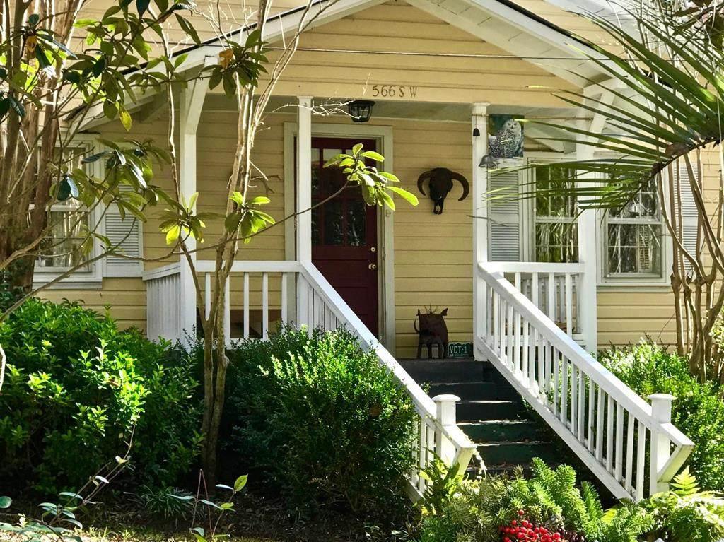 566 Newberry Street Sw - Photo 1