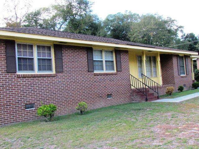 107 Colonial Drive, BARNWELL, SC 29812 (MLS #119251) :: Shannon Rollings Real Estate