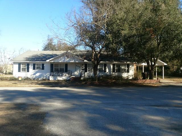 310 Izlar Street, BLACKVILLE, SC 29817 (MLS #100088) :: Shannon Rollings Real Estate