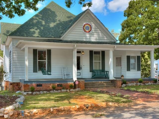 500 Virginia Street, MCCORMICK, SC 29835 (MLS #102694) :: Shannon Rollings Real Estate