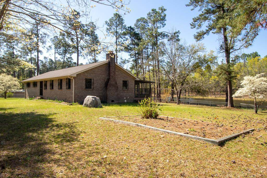 2115 Poplar Road - Photo 1