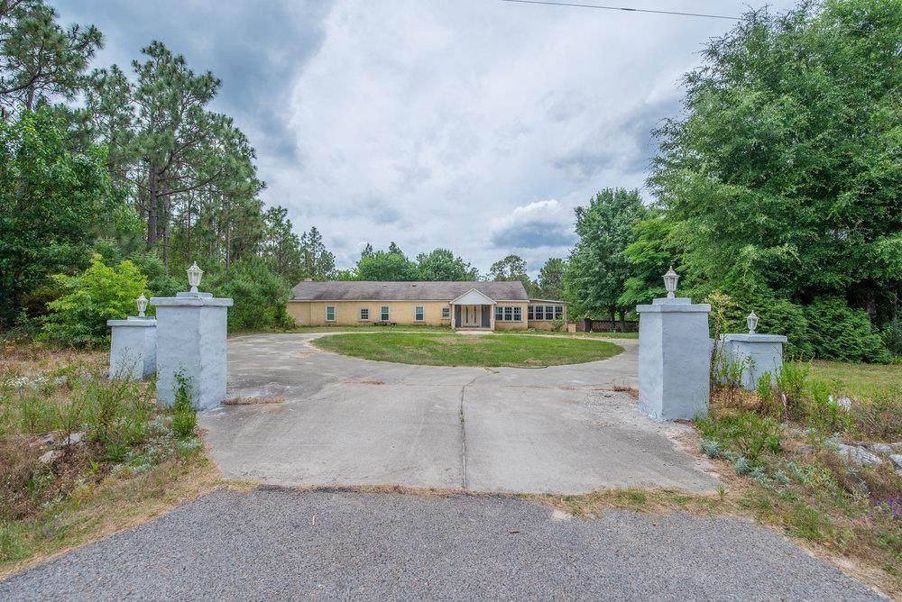 455 Water Oak Drive - Photo 1