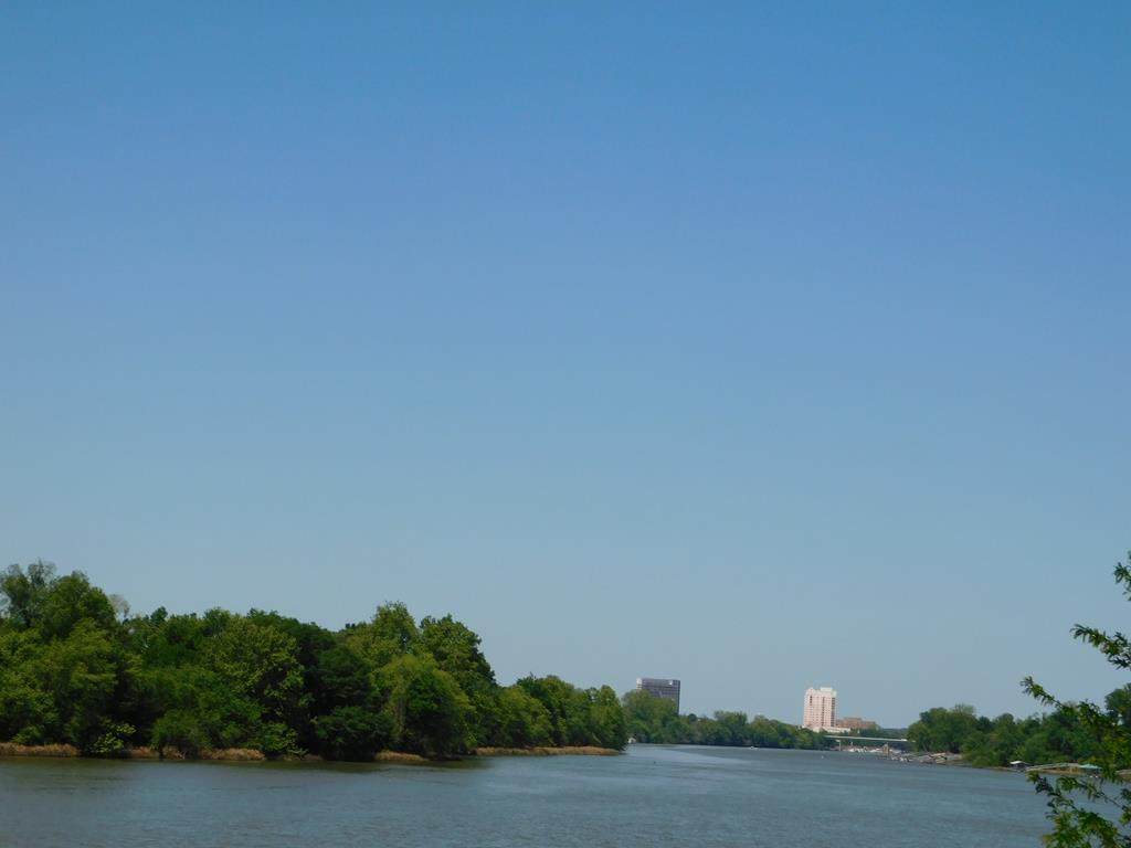 694 River North Drive - Photo 1