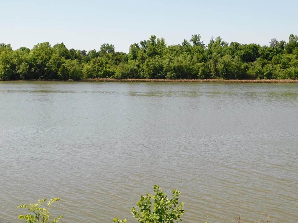 686 River North Drive - Photo 1