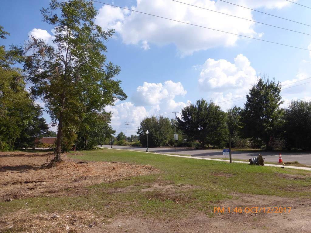 1006 Richland Avenue E - Photo 1