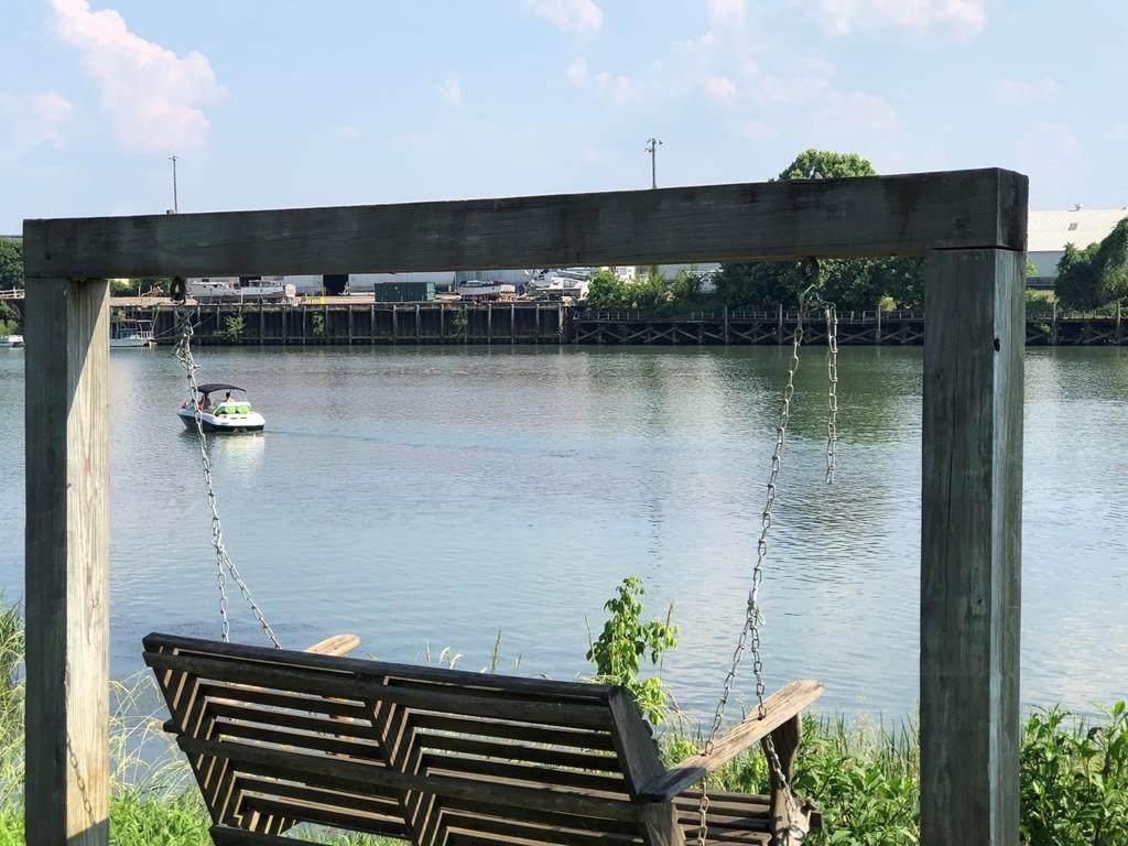 672 River North Drive - Photo 1