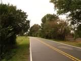 2538 Park Road - Photo 2