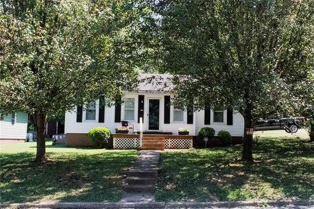 301 Apple Street, Burlington, NC 27217 (MLS #119116) :: Witherspoon Realty