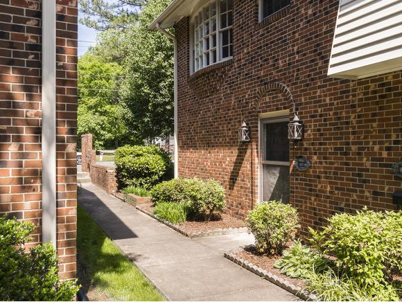 627-A Front St W, Burlington, NC 27215 (MLS #103333) :: Nanette & Co.