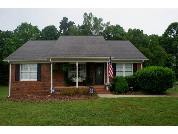 3561 Boy Wood Rd, Graham, NC 27253 (MLS #103342) :: Nanette & Co.