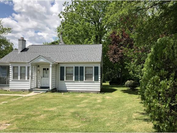 513 Jones St, Burlington, NC 27217 (MLS #103364) :: Nanette & Co.
