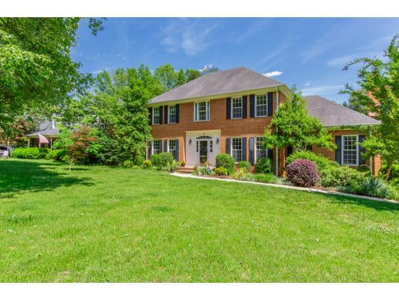 30 Brookfield Ct, Gibsonville, NC 27249 (MLS #103366) :: Nanette & Co.