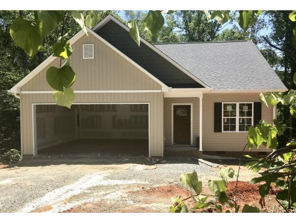 2500 Nealwood Avenue, Graham, NC 27253 (MLS #103874) :: Nanette & Co.