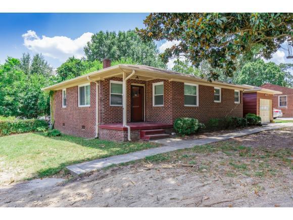 825 Graham Hopedale Rd N, Burlington, NC 27217 (MLS #104026) :: Nanette & Co.