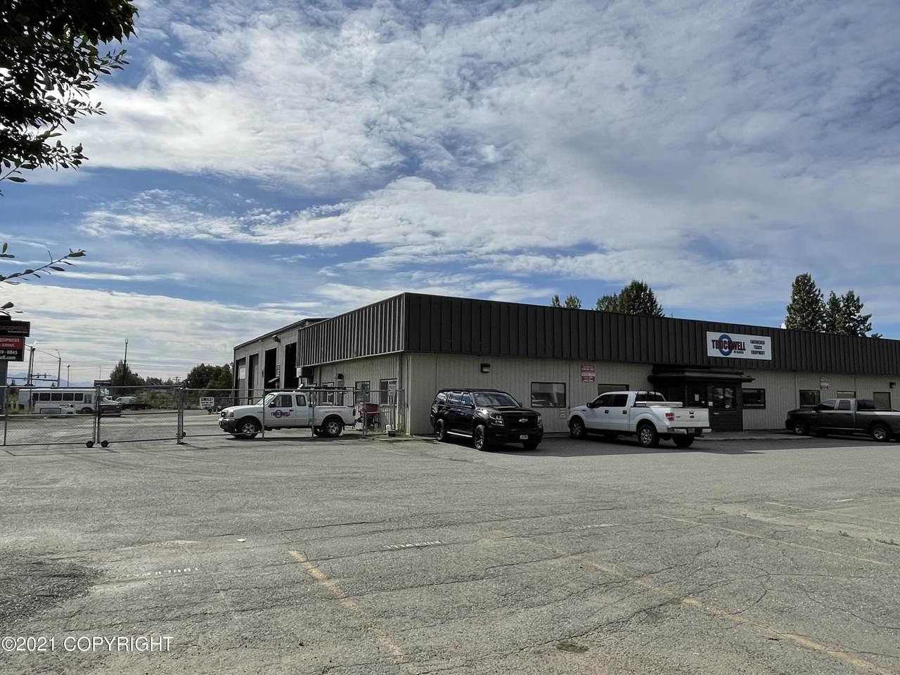 5801 Silverado Way - Photo 1