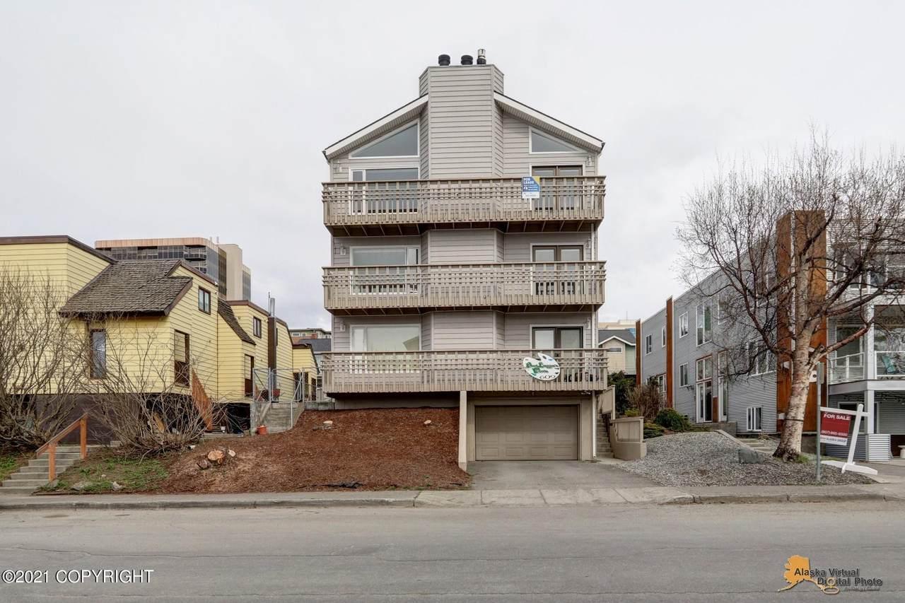 609 N Street - Photo 1