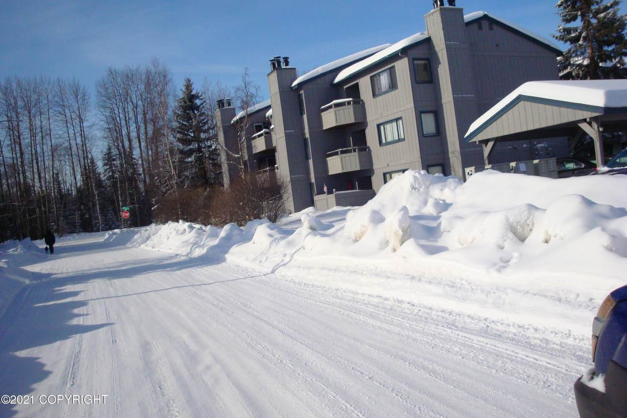 1601 Eastridge Drive - Photo 1