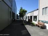 202 Center Avenue - Photo 2