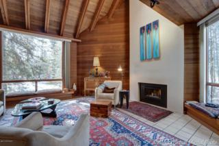 1001 W 19th Avenue, Anchorage, AK 99503 (MLS #17-5929) :: Northern Edge Real Estate, LLC