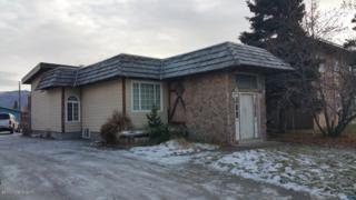 619 Bragaw Street, Anchorage, AK 99508 (MLS #17-3654) :: Team Dimmick