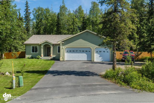 7655 W Richard Lee Circle, Wasilla, AK 99623 (MLS #17-10710) :: Team Dimmick