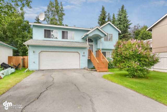 8070 Berry Patch Drive, Anchorage, AK 99502 (MLS #17-10888) :: Team Dimmick