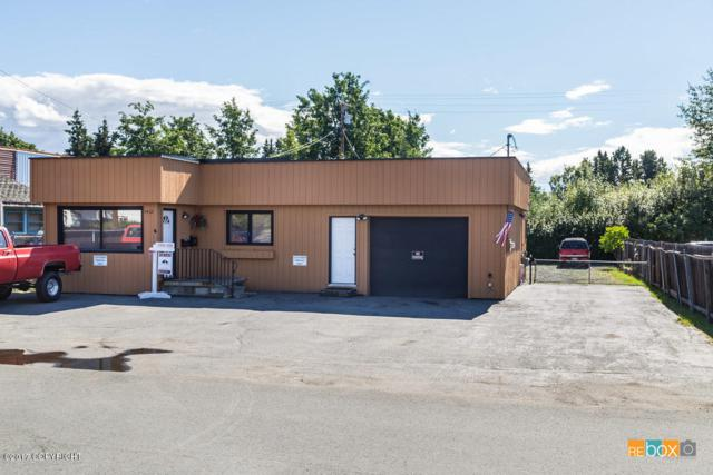 1412 W 33rd Avenue, Anchorage, AK 99503 (MLS #17-14185) :: RMG Real Estate Experts