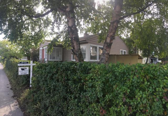 1040 C Street, Anchorage, AK 99501 (MLS #17-14760) :: Team Dimmick